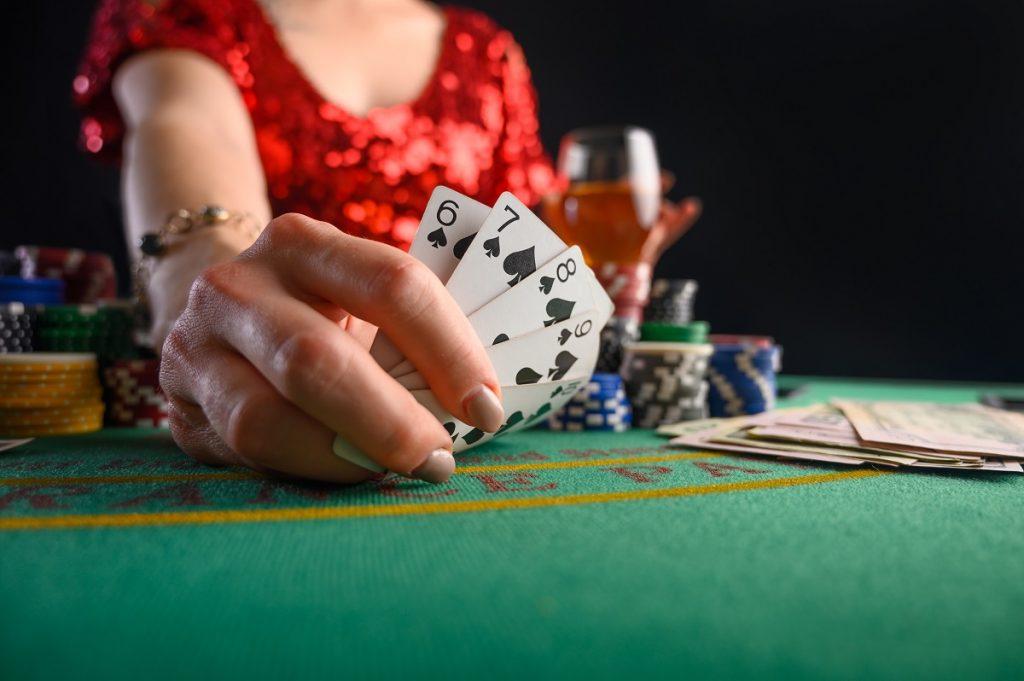 Особенности и условия игры в казино на гривны